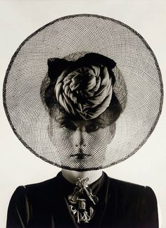 Photo by Erwin Blumenfeld, 1938.