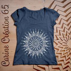 T-Shirt femme - Denim - S - dessin Atome - 20€