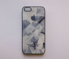 Broken Glass Case for iPhone 5