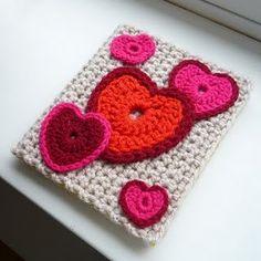 Crochet Valentine's Card./ Tarjeta tejida para el dia de los enamorados.