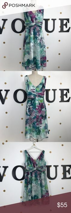 Donna Morgan 18W silk dress size 18W Donna Morgan 18W silk dress size 18W 100% silk, water color design, pre owned, worn  one time. No flaws, no wear, clean.   📏chest 48-50 📏length 42  ✅🚭 🚫No Trading 🙅🏻 Poshmark rules only‼️ 💰price negotiation via offer only please not comments, thank you. Donna Morgan Dresses