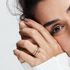 Diamond Wedding Rings, Diamond Rings, Diamond Engagement Rings, Solitaire Ring, Jewelry Model, Photo Jewelry, Gold Ring Photo, Braided Ring, Ring Set