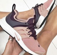 66 Super Ideas Sneakers For Women Fashion Running Shoes Nike Women's Shoes, Cute Shoes, Me Too Shoes, Shoe Boots, Shoes Style, Blush Shoes, Tennis Shoes Outfit, Fall Shoes, Pink Shoes