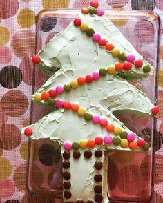 Easy christmas tree cake. Kolay yilbasi agaci pastasi