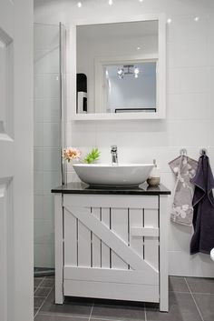 Urządź łazienkę po skandynawsku! - Wnętrza - Aranżacja i wystrój wnętrz - Dom z pomysłem