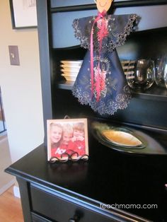 super-easy, homemade photo tiles --> great idea for last-minute gift-giving!