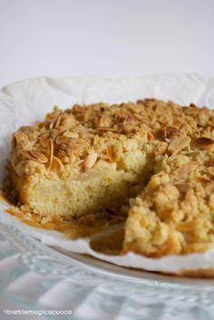 Torta di pere e mandorle con streusel croccante - pear and almond cake with streusel topping