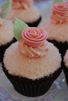 Pink rose cupcakes. These would be perfect for a bridal shower!