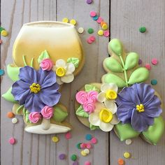 Another Mother's Day set. I could do these florals forever ...@redcottagecookieco