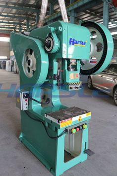 This is our J21 deep throat Mechanical punching machine. This is the J21S-25T type. And we have many other kinds. It can punch different kinds work pieces, just need to change the mould Esta es nuestra J21 garganta profunda punzonadora  mecanica.Este es el tipo de j21S-16t.Y tenemos muchos otros tipos.Puede perforar diferentes tipos de piezas de trabajo, sólo necesita cambiar el molde If you have the interest, please contact me. My mail :ivy@harsle.com  My skype :ivyzhang1991826  My whatsa
