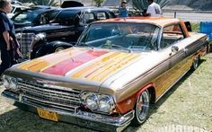 http://image.lowridermagazine.com/f/events/30559758+w799+h499+cr1+ar0/lrmp_0910_46_z%2Blowrider_of_the_year_chicano_park_and_friday_night_cr...