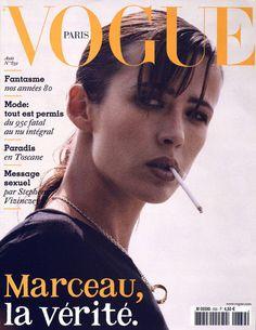 Sophie Marceau pour le numéro d'août 2003 de Vogue Paris.
