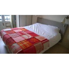 grote plaid van retro wollen dekens Vintage Sheets, Vintage Wool, Table Toppers, Wool Blanket, Bedrooms, Quilts, Retro, Fabric, Diy