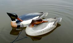 they look real Decoy Carving, Duck Decoys, Shorebirds, Ducks, Wood Art, Arts And Crafts, Woodworking, Cupboards, Cool Stuff