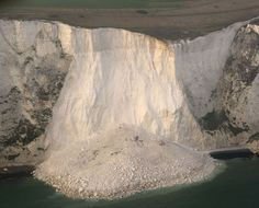 2012, Mar 24: thousands of tons of chalk crash into the sea after frost and drought over winter. White Cliffs of Dover, UK