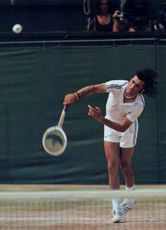 Ilie nastase hitting a serve at wimbledon.he's using an adidas racket as well as wearing the clothing line with the classic three Tennis Rules, Tennis Tips, Lawn Tennis, Tennis Techniques, How To Play Tennis, Tennis Serve, Tennis Legends, Sports Photos, Tennis Photos