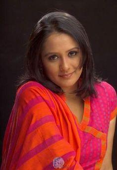 "Opi KarimIs a Bangladeshi actress. She is most popular actress in Bangladesh. Bangladeshi model Opi Karim looks gorgeous. Opi Karim is one of the best choice Bangladeshi actresses. Opi Karim's film industry name is Opi Karim. She is a famous movie star of Bangladesh.Full Name:Tuhin Ara Aupee KarimBorn: 1st MayBirth Place: BangladeshHeight : 5.5""Sign : of Taurus (Bull, Ox)Education: Bachelor of ArchitectureProfession: ActressLanguage: Bengali"