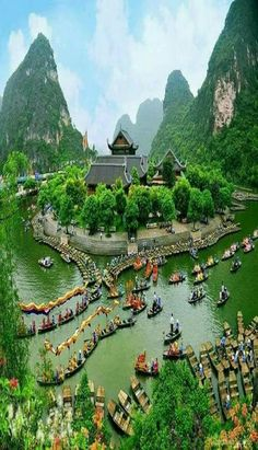 Hanoi – Ninh Binh - Halong Bay – Quang Binh - Hue – Hoi An – Ho Chi Minh City Vietnam is known as a country with many world heritage sites. A majestic Ha Long, a poetic Trang An or an ancient Hoi An, surely make you agitate during . Vietnam Tours, North Vietnam, Hanoi Vietnam, Vietnam Travel, Asia Travel, Vietnam Airlines, Travel News, Travel Guide, Laos