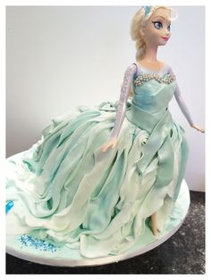 Frozen Elsa doll cake by Sweet Treatz Cake Pops