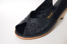 Size 9 Black Leather Peep Toe Wedges Vintage by SelvedgeandSew $29