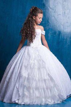 Primera Comunión para niña pc6 Holy Communion Dresses, First Holy Communion, Beautiful Wedding Gowns, Beautiful Dresses, Little Girl Dresses, Flower Girl Dresses, Young Fashion, Formal Dresses, Wedding Dresses