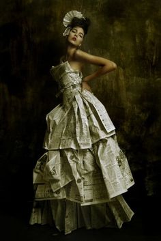 Doll,Dress,Fashion,Girl,Gown,Model,Newspaper dress,Paper,Oriental,Photography,