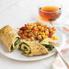 This Mexican Rolled Omelet recipe has a spicy kick to speed your metabolism. Breakfast Wraps, Breakfast Dishes, Breakfast Time, Breakfast Recipes, Breakfast Omelette, Breakfast Ideas, Brunch Recipes, Diet Recipes, Healthy Recipes