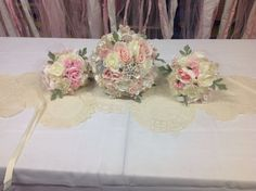Shabby chic bridal bouquet and bridesmaids bouquets.