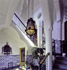 Bellesguard Interior by Antoni Gaudi (Barcelona/ Spain) ~~ For more: - ✯ http://www.pinterest.com/PinFantasy/arq-~-antoni-gaud%C3%AD/