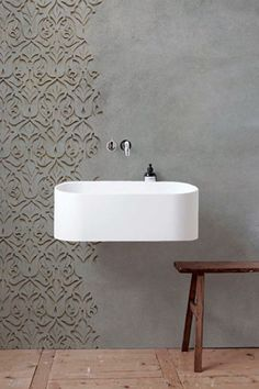 As Tadelakt is water repellent there's absolutely no demand for tiling etc. Tadelakt is incredibly versatile and may be used in a lot of means. Tadelakt not on. Design Wc, Wall Design, House Design, Design Ideas, Wall Texture Design, Bathroom Inspiration, Interior Inspiration, Textures Murales, Bad Wand
