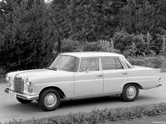 mercedes-benz-200d-w110-1961-65.jpg (2048×1536)