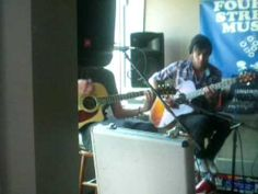 Chris and Jonathan from Mury-Friendly Ghost-Acoustic