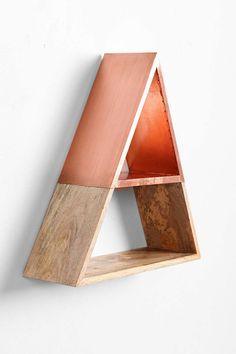 Pyramid Shelf