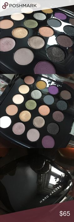 Marc Jacobs Holiday Palette 2015, limited edition. Limited Edition Marc Jacobs Holiday Palette 2015. Used once. Comes with pamphlet of different looks. Marc Jacobs Makeup Eyeshadow