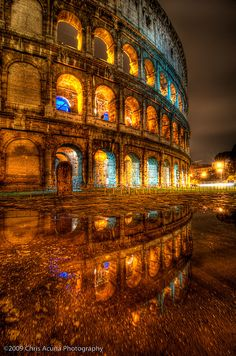 Colosseum in Rome, Italy. What a stunning photo!!!