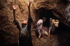 """Kandahar, Afghanistan, from Steve McCurry's """"Child Labor"""" series."""