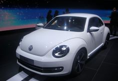 It is not his first show, since it was unveiled last spring almost simultaneously in Shanghai and New York, but VW has the package for the presentation of the latest generation Beetle. More than 500 m² are reserved and no fewer than six vehicles are exhibited in a space in the lounge atmosphere. Cox of the 21st century wants to be ... Read More