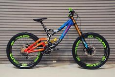 Down Hill colorful mtb Mt Bike, Mtb Bicycle, Cycling Bikes, Fully Bike, Dh Velo, Montain Bike, Velo Cargo, Bike Engine, Downhill Bike
