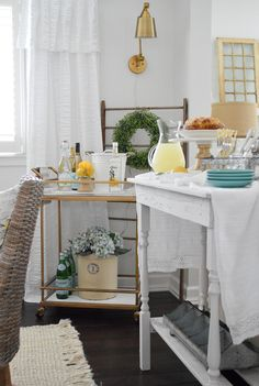 Simple Summer Decorating Home Tour - welcome to our casual cottage dining room, decorated in neutral colors and zingy lemon! Cottage Dining Rooms, Cottage Living, Cottage Style, Farmhouse Laundry Room, Farmhouse Decor, Summer Decorating, Spring Home Decor, Neutral Colors, House Tours
