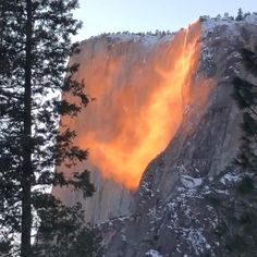"Earn Daily rs2000-7000 by 30 clicks daily. click Video Link to register. Surprise Bonus waiting for your first Transaction. Horsetail Fall in Yosemite National Park becomes a beautiful ""Firefall"" when the setting sun illuminates it. #Mumbai #Delhi #Bangalore #Hyderabad #Chennai #Kolkata #Surat #Pune #Jaipur #Kanpur #Nagpur #Lucknow #Visakhapatnam #Thane #Bhopal #Vadodara #Indore #Agra #Meerut #Rajkot #Varanasi #Srinagar #Amritsar #Gwalior #Coimbatore #Madurai #Hubli #Mysore #waterFalls #earn… Horsetail Falls, Internet Trends, Video Installation, Yosemite Valley, Wonderland Party, Sunset Photography, Be Perfect, Places To Go, Two By Two"