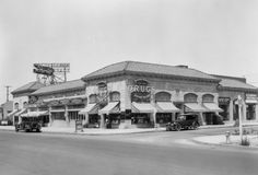 Yesterday's Print — Wilshire Boulevard and South Sycamore Avenue, Los...