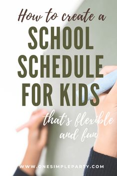 Finding yourself suddenly home schooling and not sure how to set up a daily school schedule? Check out ways to make a schedules that's flexible and fun. Kids Schedule, School Schedule, School Sets, School Fun, School Stuff, Home Learning, Learning Resources, Virtual Reality Education, Home Schooling