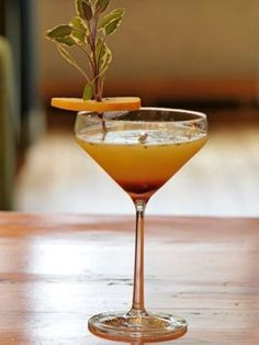 Learn how to make a Winter Wonderland!  Ingredients: 1.5 oz. Spice-Infused Sobieski Vodka  1/2 oz. Premium White Crème de Menthe 2 1/2 oz. Pear Nectar 1/2 oz. Fresh Lemon Juice 5 Sage Leaves 1/2 oz. Black Currant Syrup  Directions:  Muddle sage leaves in mixing tin. Add all ingredients and shake hard for 10 seconds. Strain into a beautiful cocktail glass or Champagne flute. Slowly pour currant syrup through the middle of the drink. It will settle at the bottom. Garnish with fresh sage leaves…