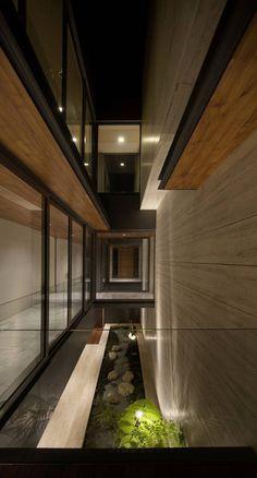 Gallery of Travertine Dream House / Wallflower Architecture + Design - 17