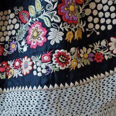 textiles as art: Czech Moravian Hand Embroidered Crocheted Folk Costume Apron Black with Flowers, Fruit Folk Embroidery, Embroidery Stitches, Folklore, Folk Costume, Costumes, Pinup, Fascinator, Folk Art Flowers, Textile Fiber Art
