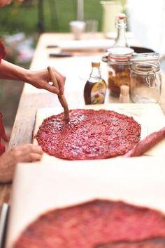 Recept na rybízové placky | Tchibo Blog Fruit Roll Ups, Pie Cake, Gazpacho, Preserving Food, Kiwi, Preserves, Kids Meals, Sweet Recipes, Jelly
