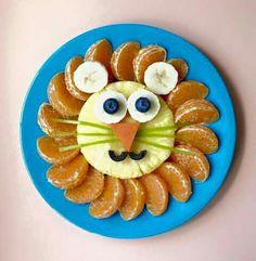 Lion Fruit Plate food design and styling Cute Snacks, Cute Food, Kid Snacks, School Snacks, Party Snacks, Food Art For Kids, Art Kids, Healthy Toddler Snacks, Healthy Food
