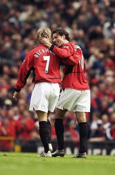 David Beckham Manchester United, Official Manchester United Website, Manchester United Players, Legends Football, Best Football Team, Georg Best, Ruud Van Nistelrooy, Posh And Becks, Match Of The Day