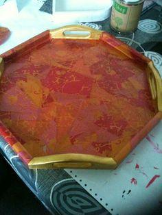 Plateau decopatch et peinture dorée