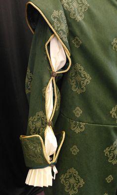 Hombre medieval largo doblete capa renacentista por camelotcostumes